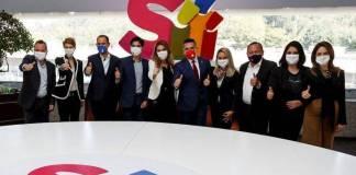 "Morena presenta queja contra ""Sí por México"" por intentar boicotear ratificación del presidente"
