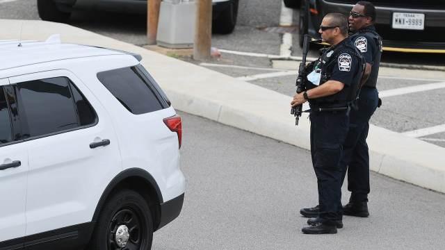 Menor provoca tiroteo en Virginia; reportan dos personas heridas por bala