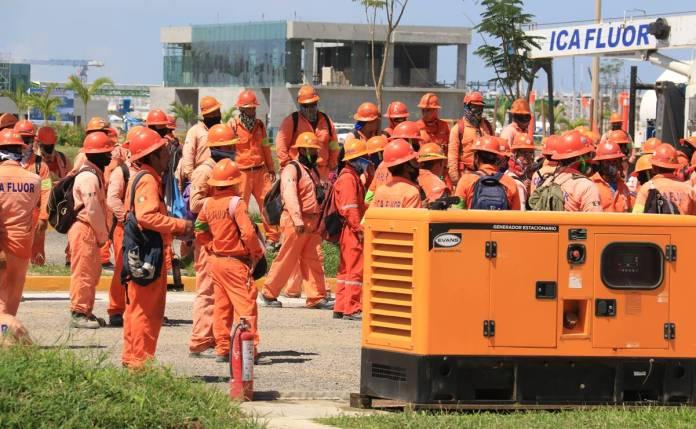 ICA Fluor pide a obreros regresar a trabajar, no les van a descontar