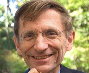 Headshot of Bill Drayton, pioneering social entrepreneur