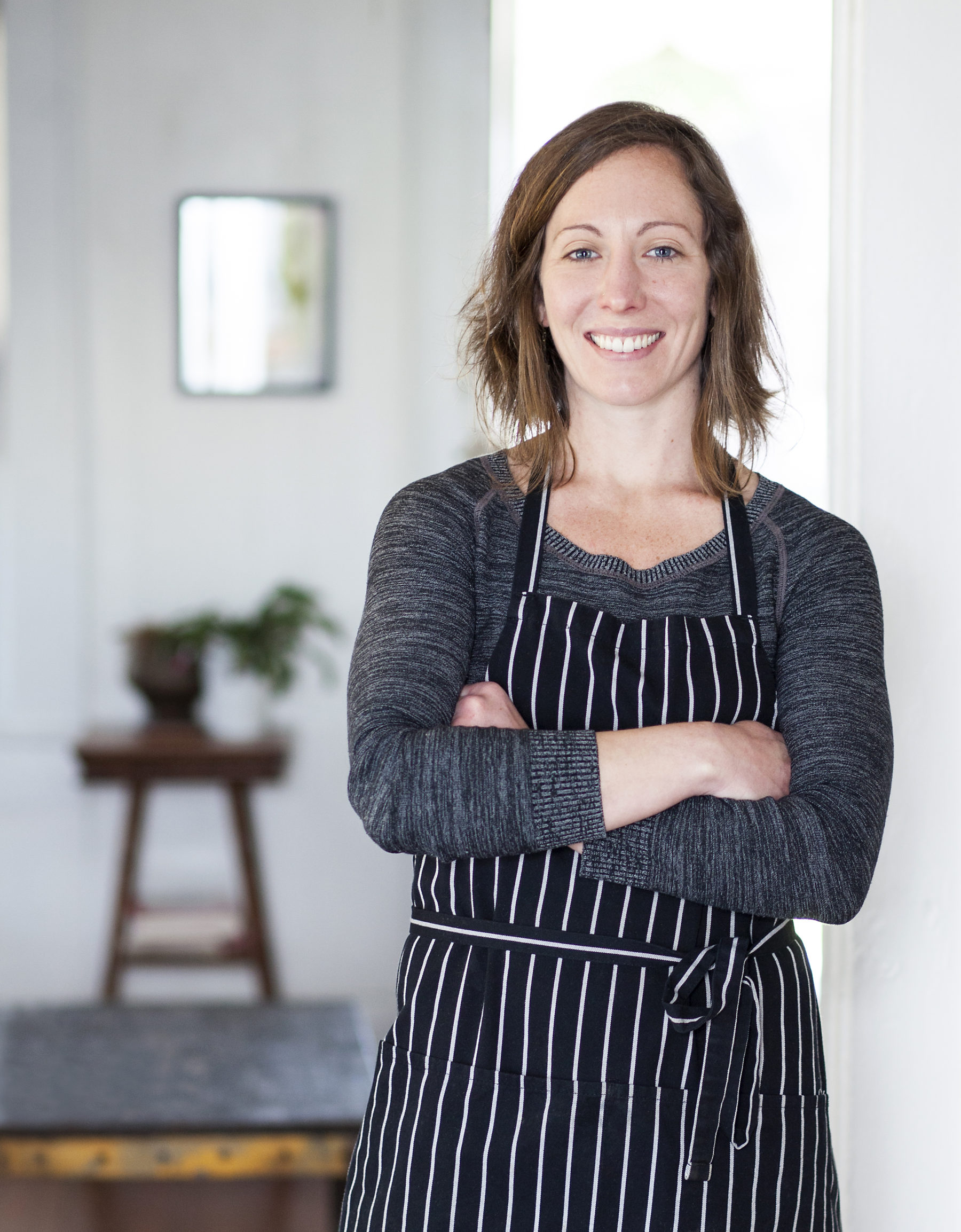 """Can eating meat be ethical and good for the environment? With Meredith Leigh, author of """"The Ethical Meat Handbook:"""" 116"""