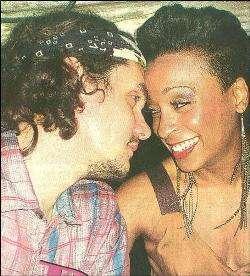 http://www.reggaeworldcrew.net/portal/images/alaine2.jpg