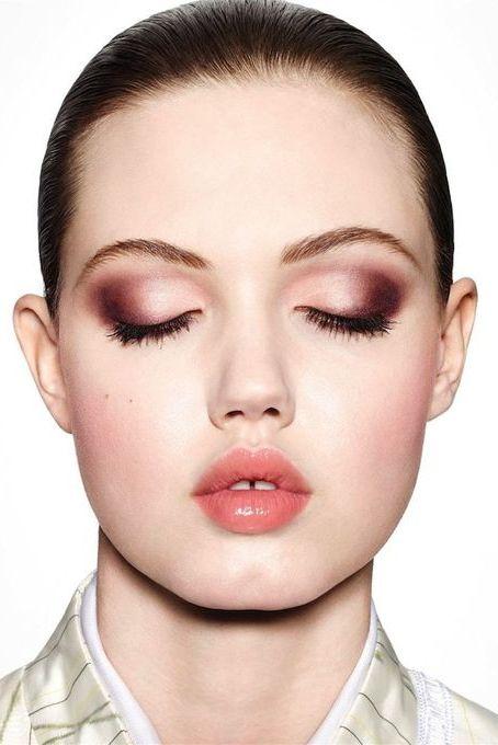 Combinación de colores es una de las tendencias en maquillaje de otoño