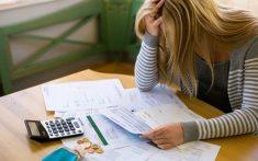 Conheça as causas da inadimplência que levam ao endividamento
