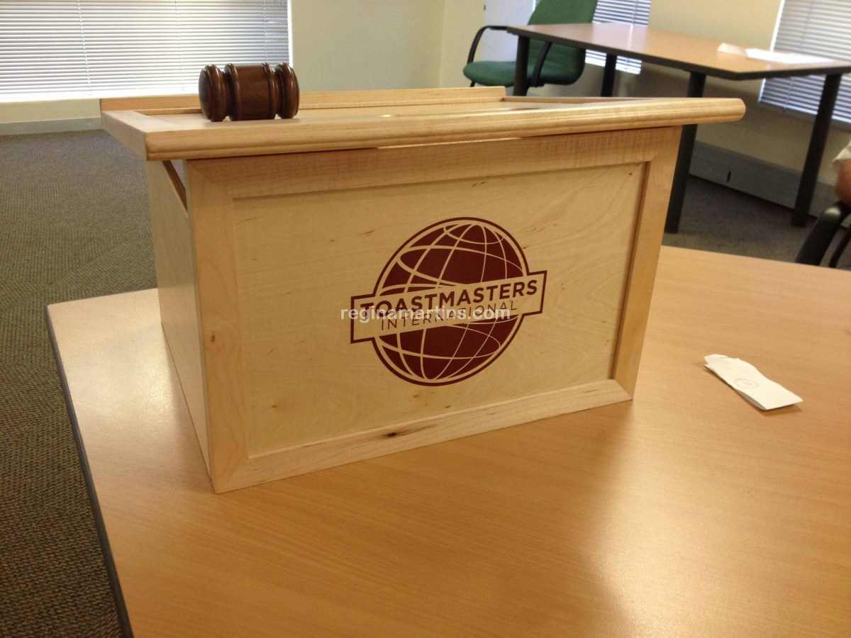 5 steps to preparing for the Toastmaster of the Evening assignment