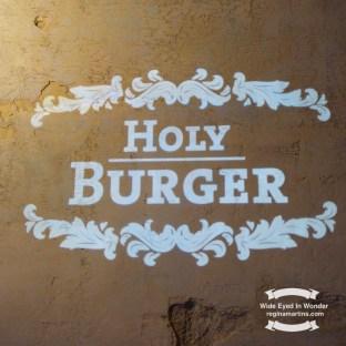 Holy Burger restaurant ©2016-2017 Regina Martins