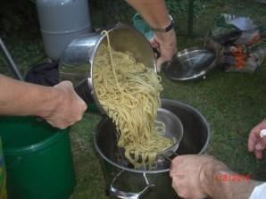 17:42 Spaghettizubereitung