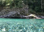 Kristallklares, erfrischendes Naturbad. Le golene della Valle Maggia, Moghegno