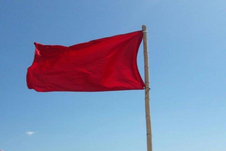 bandera-roja