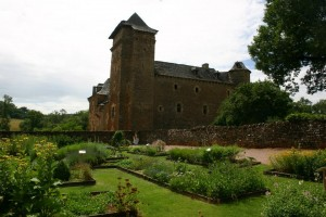 Parc Animalier et Château du Colombier, Jardin médiéval