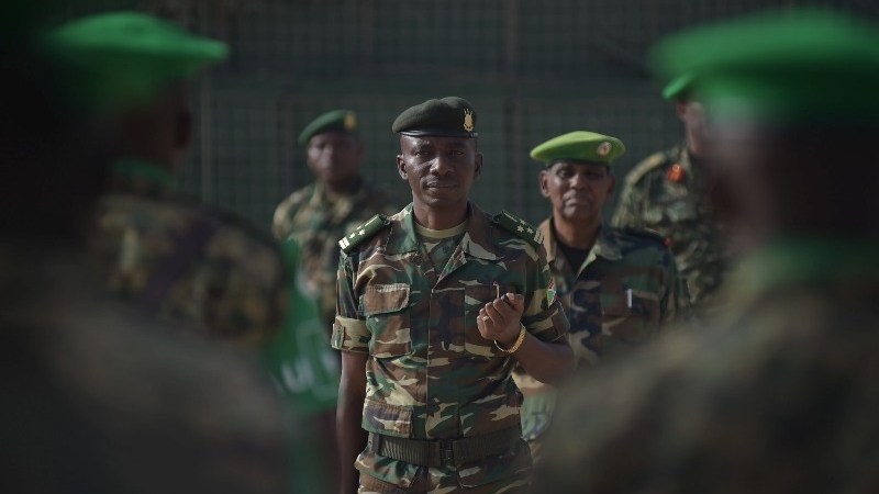 Burundi Chief of Defence Forces visits Somalia