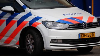 Photo of Auto te water; twee mannen aangehouden