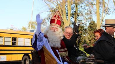 Photo of Sinterklaas warm onthaald in wijk Wheermolen (fotoverslag)