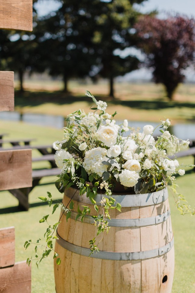 Barrell Wedding Decor A Rustic Raspberry Ridge Golf Course Wedding The Overwhelmed Bride