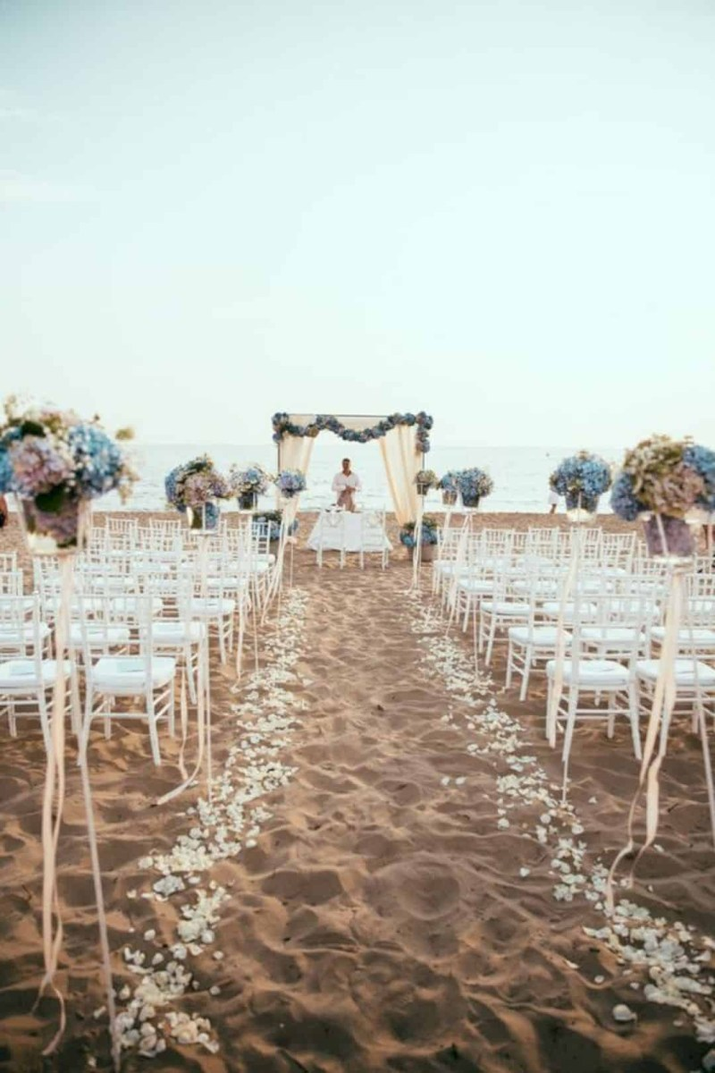 Beach Wedding Ideas 17 Coolest Beach Wedding Ideas Design Listicle