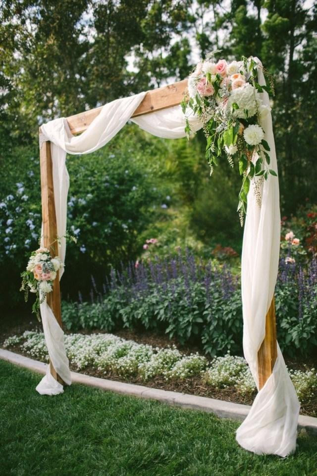 Diy Wedding Alter 25 Chic And Easy Rustic Wedding Arch Ideas For Diy Brides