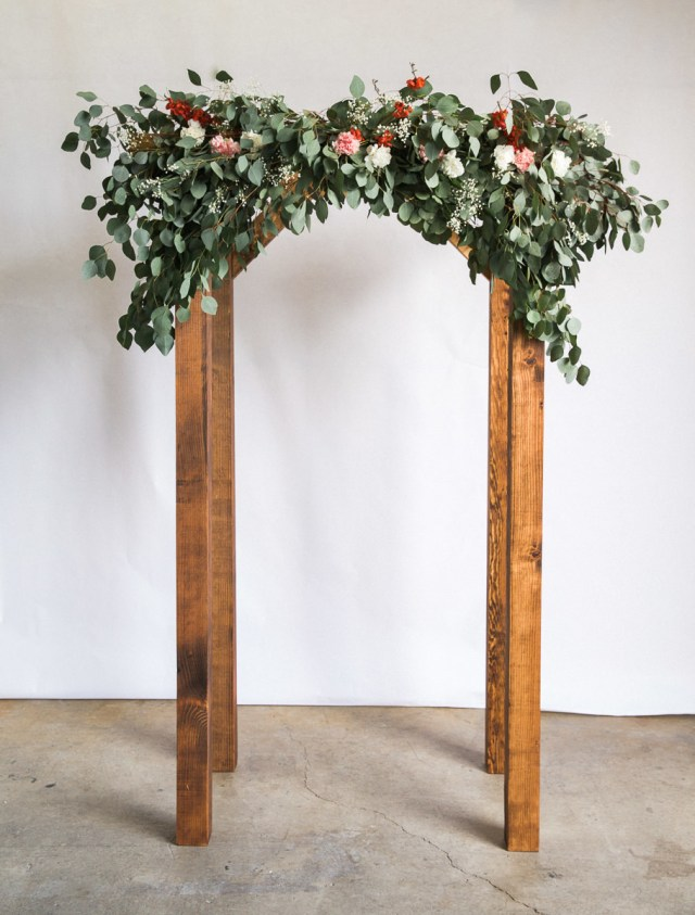 Diy Wedding Alter How To Make An Arch For Your Wedding