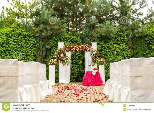 Diy Wedding Decor Ideas Diy Wedding Ceremony Decorations Inviz