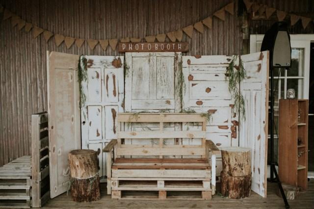 Diy Wedding Photobooth Ab Scotts Diy Barn Wedding In Waimauku Noubaau Ab