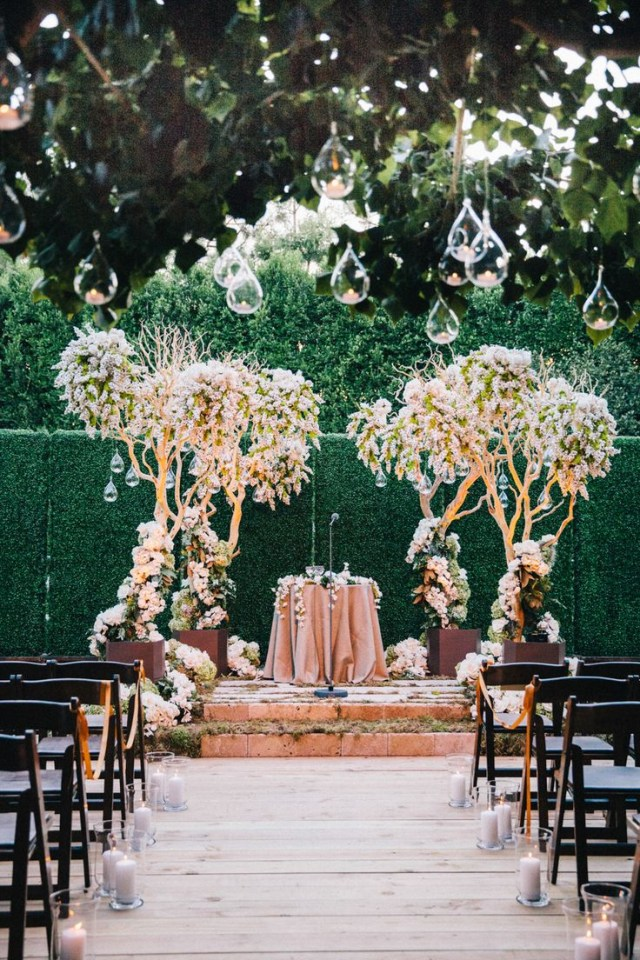 Easy Wedding Decorations Enchanted Forest Wedding Decorations According To Easy Wedding