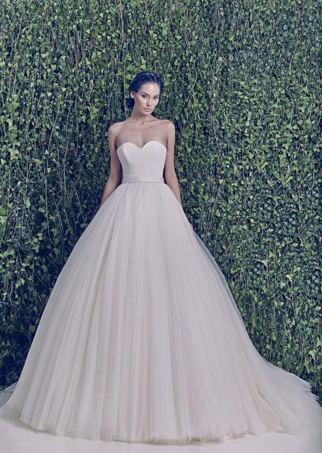 Jessicas Wedding Ideas Zuhair Murad Jessica Strapless Scoop Neckline Ruched Tulle Ball Gown