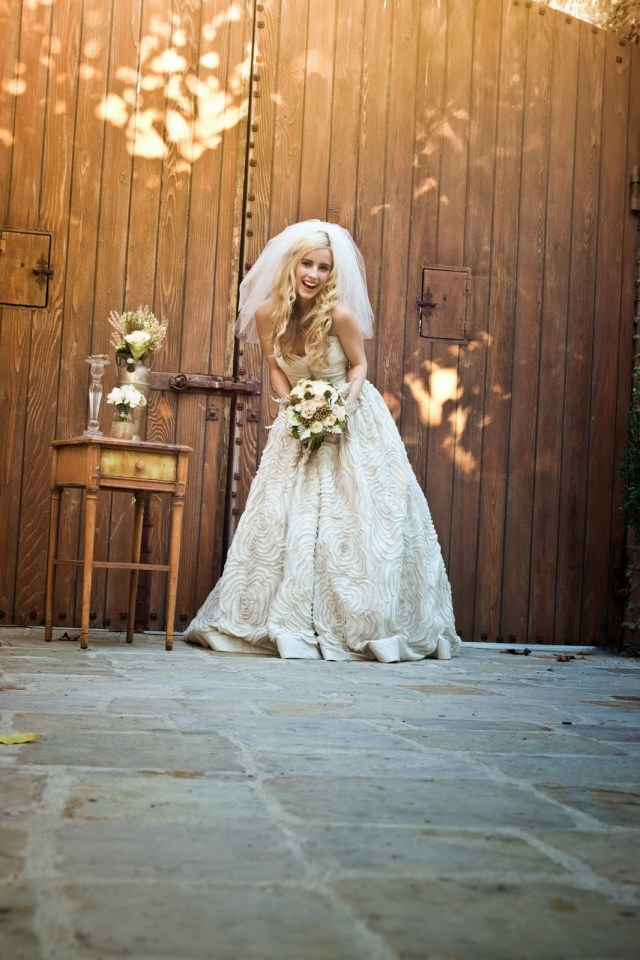 Sharrah Robeson Wedding Shar Style Sharrah Robeson Tbt To A Fall Wedding Shoot