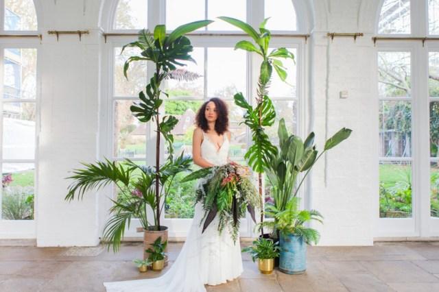 Wedding Decor Details How To Create Details For Stylish Wedding Photos The Wedding