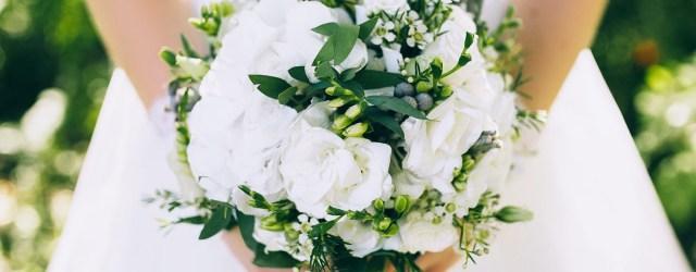 Wedding Flowers Ideas The 15 Most Popular Wedding Flowers In 2019 Shutterfly