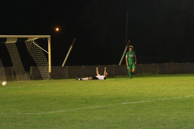 Stef Van Uffel scoorde net de 4-1