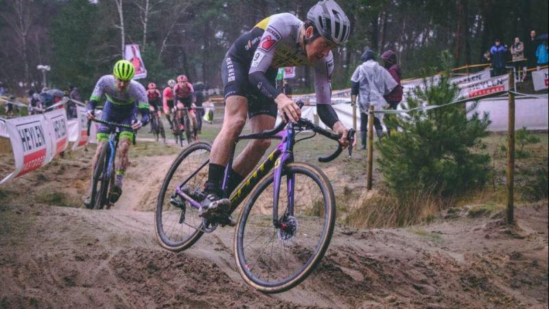 UCI crossranking door elkaar geschud!
