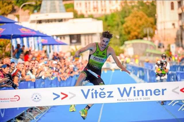 Matthys won voorbije jaar nog in Tsjechië Foto: City Triathlon  Karlovy Vary