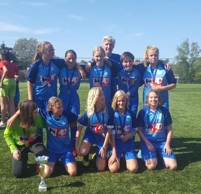 Meisjes U20 VC Bertem-Leefdaal spelen hun tweede seizoen samen
