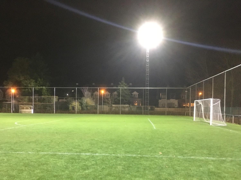KVC Kessel-Lo 2000 biedt licht in de duisternis aan de Stadionlaan