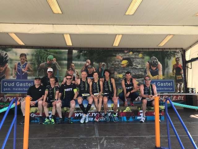 De delegatie van het Aarschots Triathlon Team in Oud-Gastel in 2019 Foto: AATT