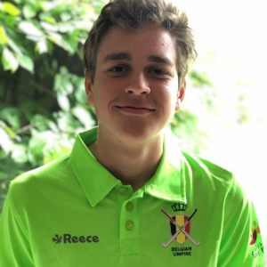 Wannes Theys in zijn referee-outfit Foto: Stix Hasselt