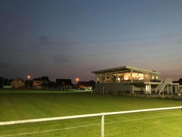 De nieuwe voetbaltempel van Sparta Haacht Statie op de Elleveldweg