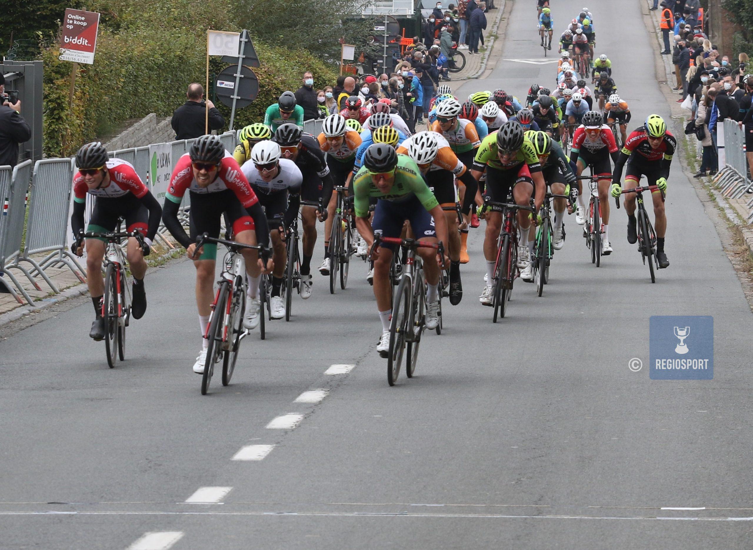Basso Team Flanders mag ter elfder ure niet starten in Franse driedaagse, renner Simon Dehairs reageert