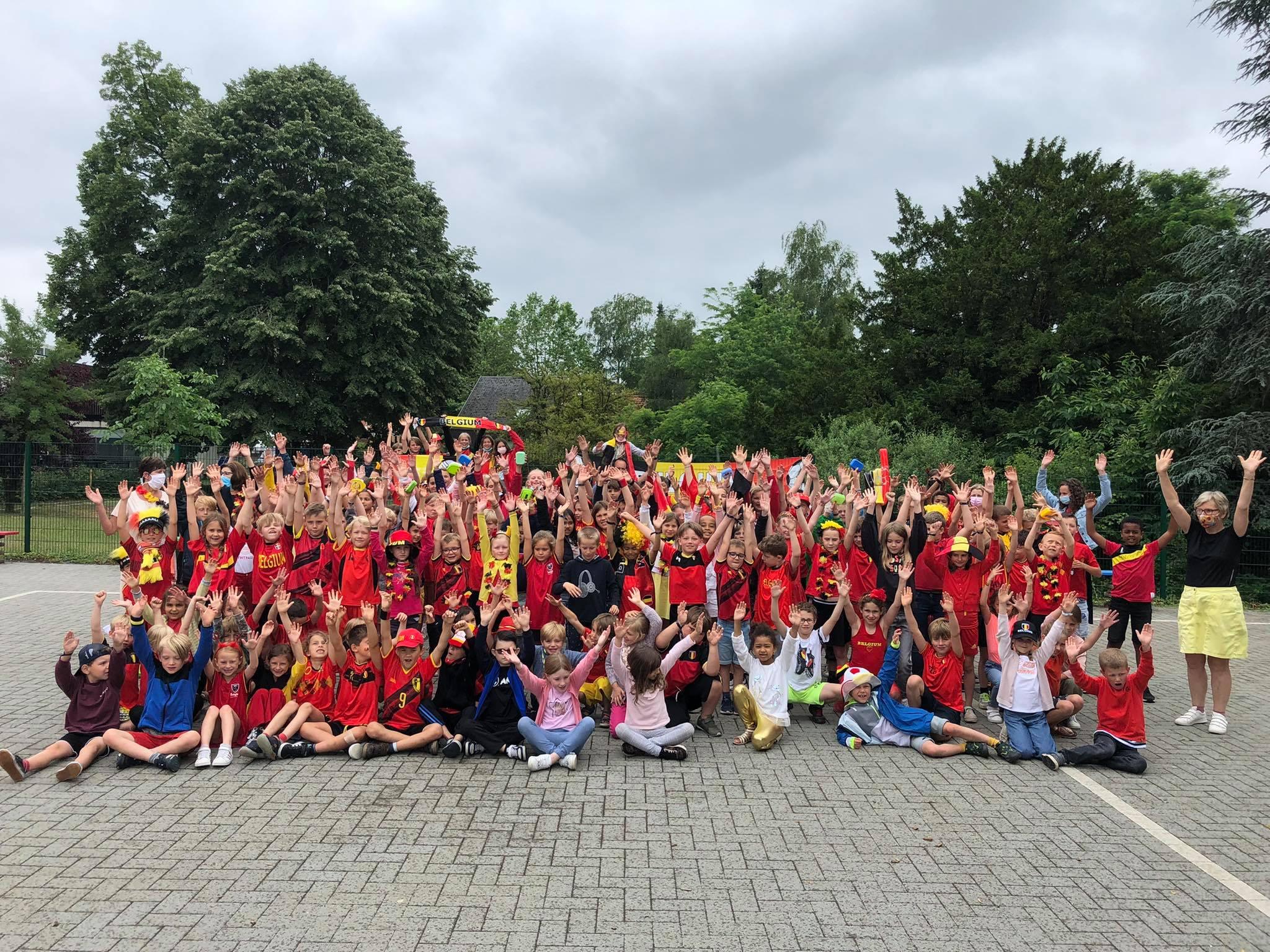 Vrije Basisschool Grasheide staat als één geheel achter de Rode Duivels