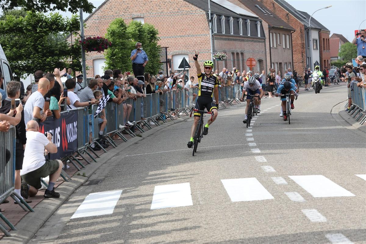 Mathias Van der Sanden zegeviert voor tweede week op rij in Grasheide