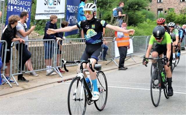 Arthur Van Den Boer wint in Rozebeke