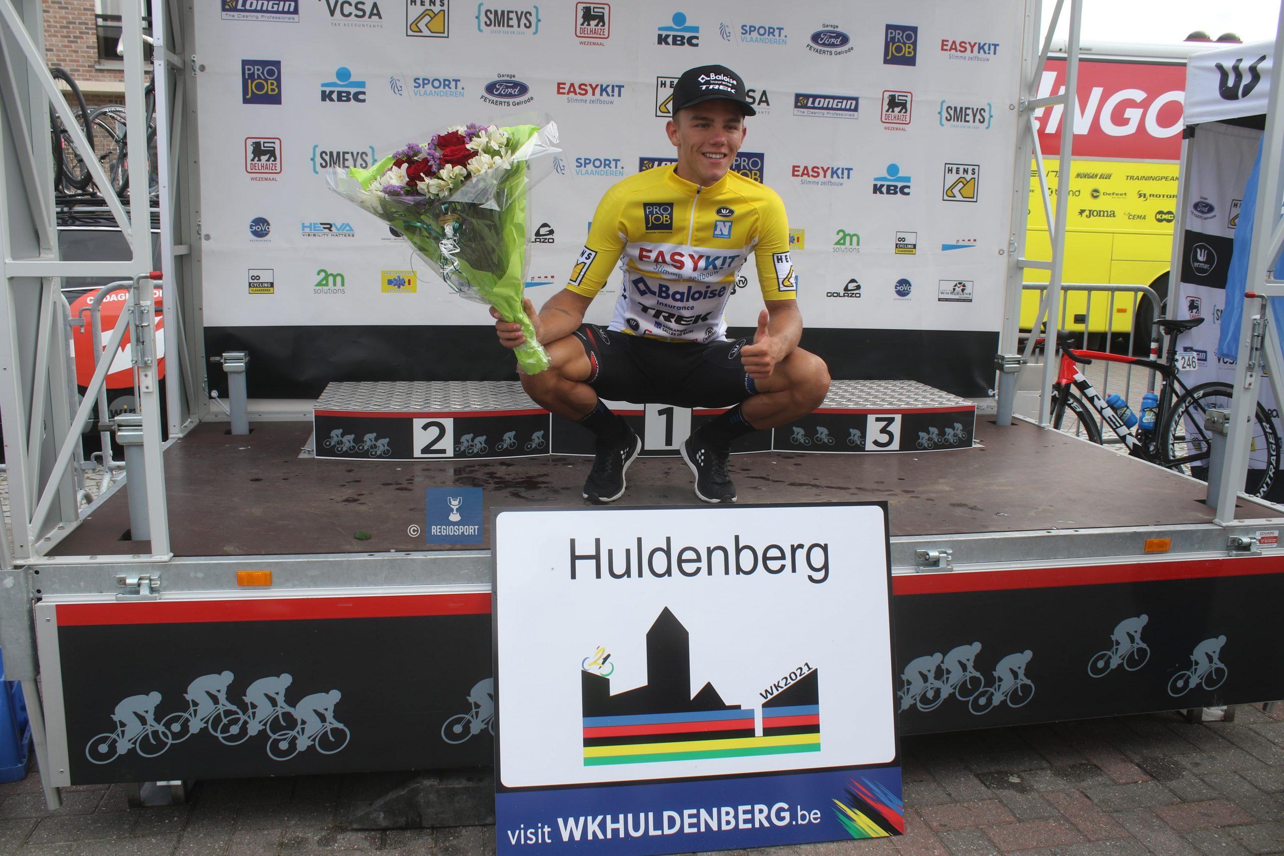 Thibau Nys pakt een twee op twee in Huldenberg, hij zal de gele leiderstrui verdedigen