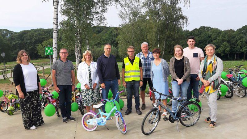 De fietsbieb in Tremelo werd feestelijk geopend aan het Sven Nys Cycling Center