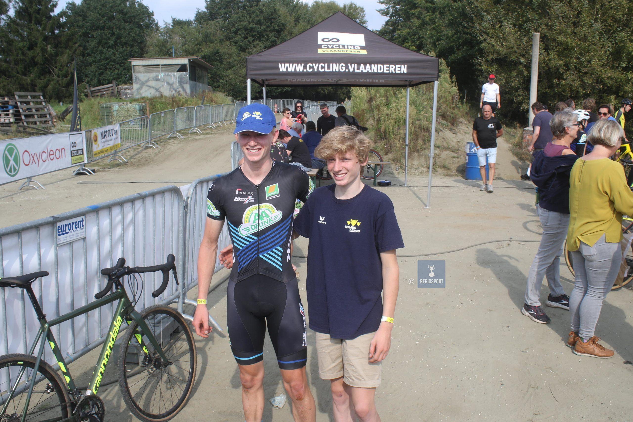 Junior Seppe Van Den Boer wint solo in Koningshooikt