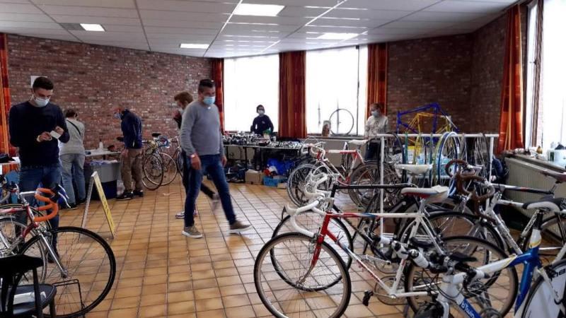 Achtste editie Vintage Bike Beurs in Geel komt er zondag aan!