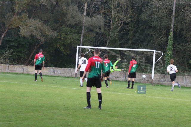 Baalgoalie Lievens ziet de 2-0 in doel belanden