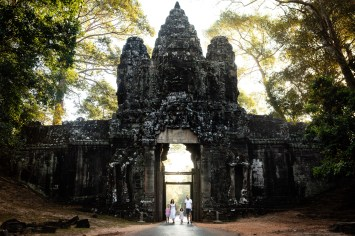 Family Photos in Angkor Thom