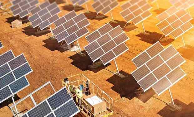Solar PV Power Opportunities and Challenges in China Under a Carbon Peak Scenario