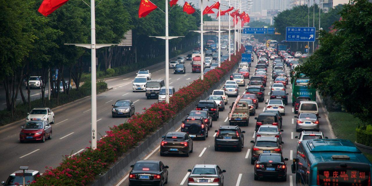 Leasing model dominates Shenzhen's electric logistics vehicle market