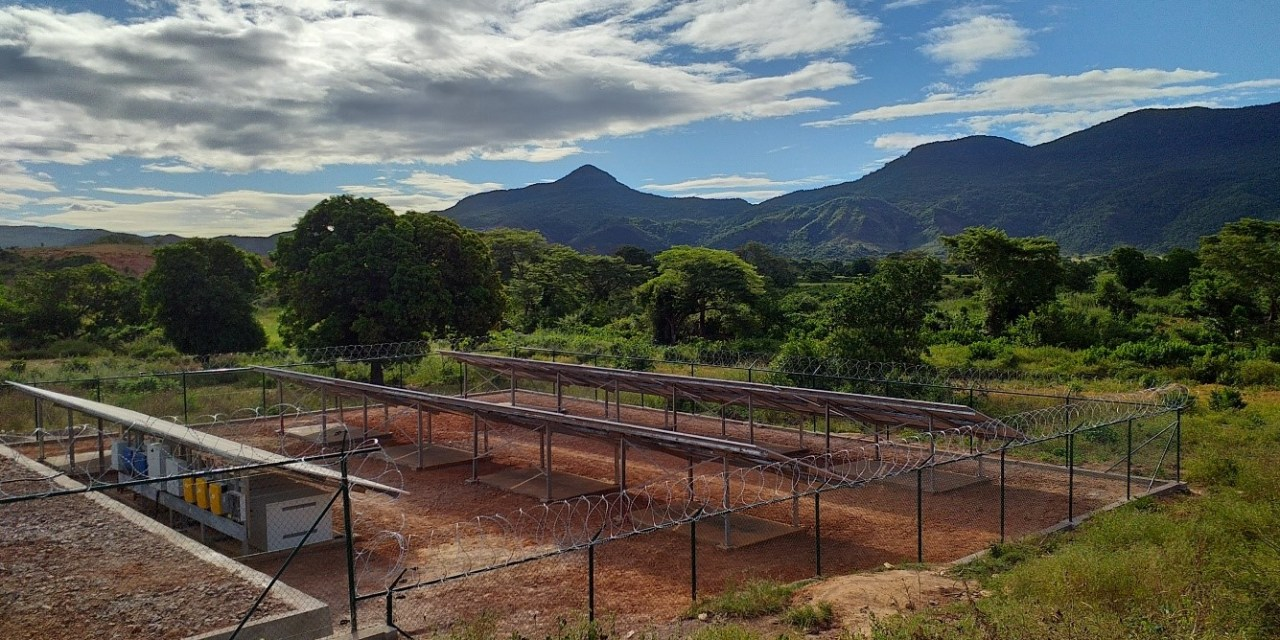Benchmarking Africa's Minigrids
