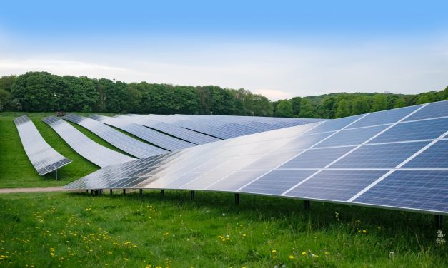 Solar power opportunities and challenges in Algeria